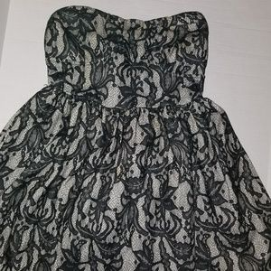 Dresses & Skirts - Ladies dress